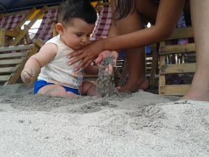 Mateo en la arena